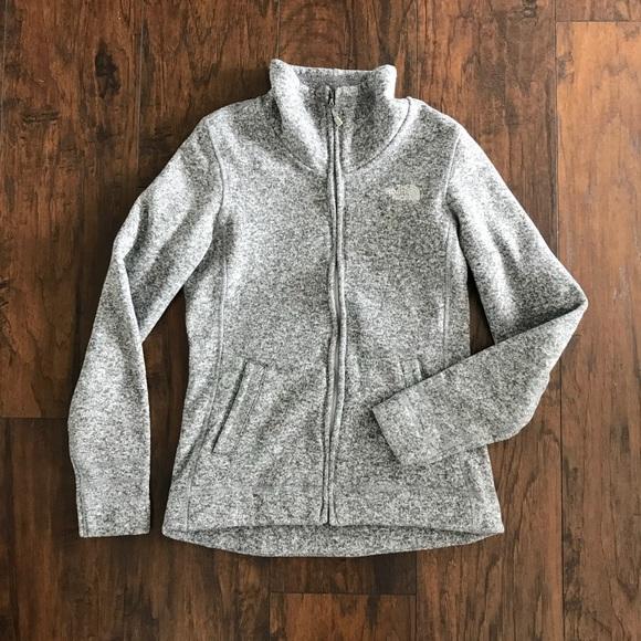 88718be883f The North Face Women s Grey Sweater Fleece Jacket.  M 5b3bec30fe51519da4ddf174
